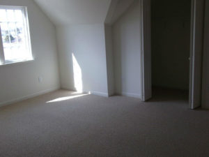 watergate-apartments-at-milford-delaware-living-room